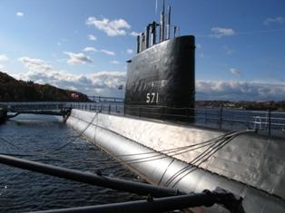 USS_Nautilus_SSN571.1.JPG