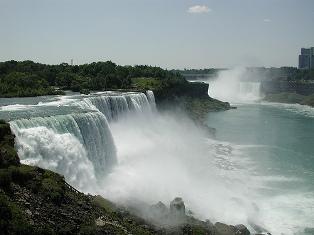 Niagara1stday.falls.jpg