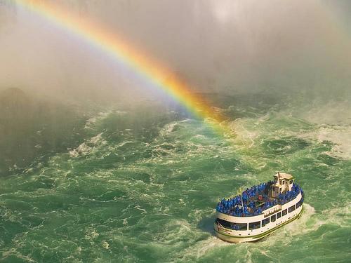 Niagara2ndday.Ferry.jpg